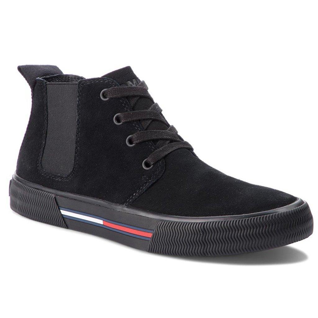 1980859a0184c Trzewiki TOMMY JEANS Chukka City Sneaker EM0EM00127 Black 990